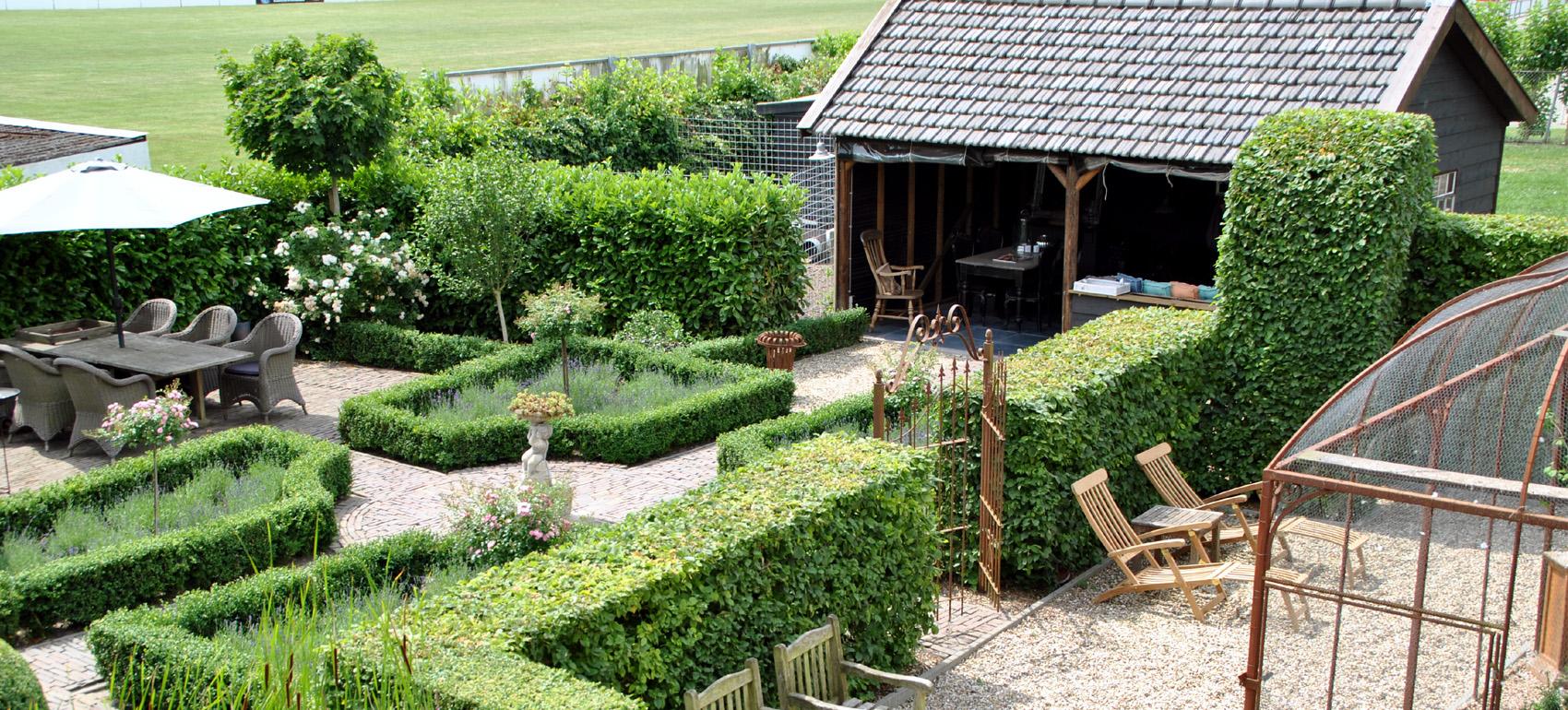 Tuinaanleg Van der Waal Tuinen - Franse / brocante tuin