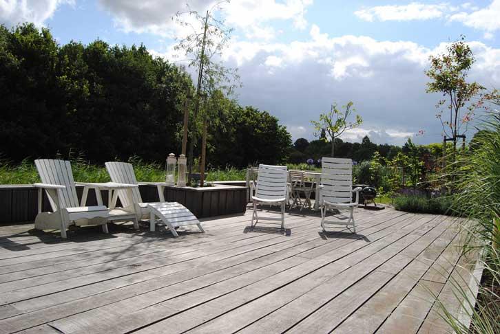 Tuinontwerp en Tuinaanleg Rhoon - hoveniersbedrijf Van der Waal Tuinen - maatwerk terras