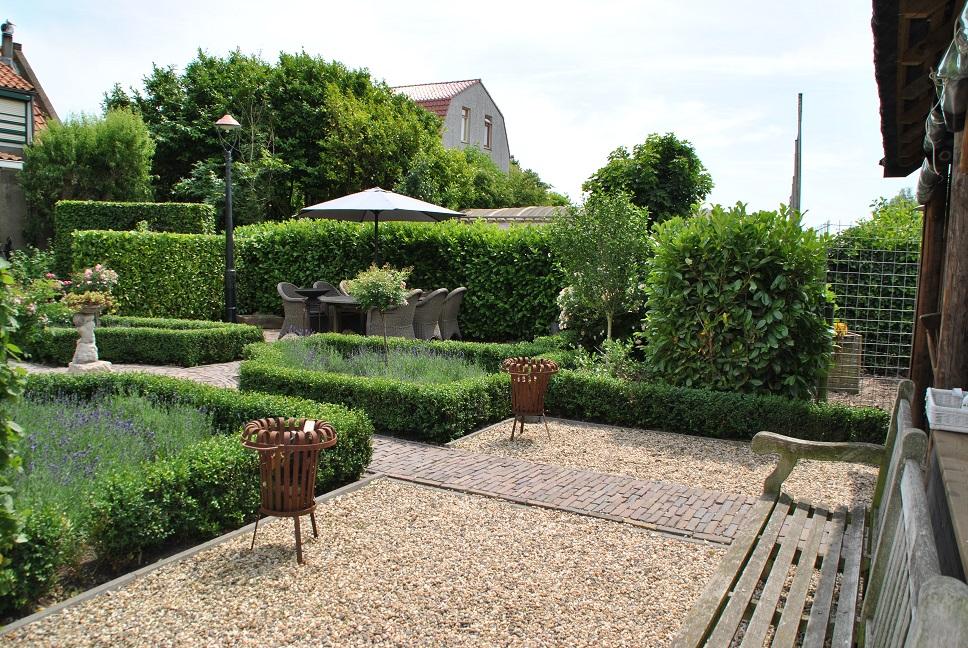 tuinaanleg franse tuin in piershil van der waal tuinen